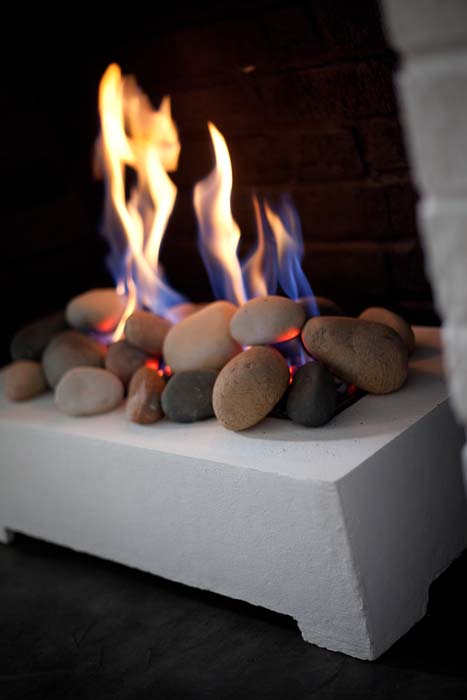 Rocks instead of wood for Fireplace
