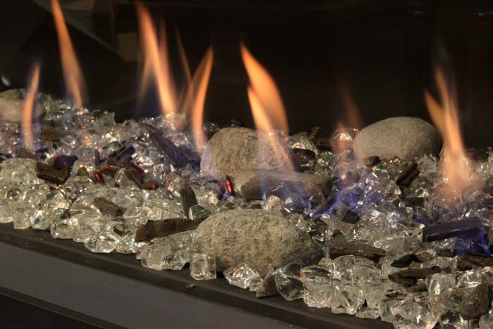 Glass & rocks instead of wood for Fireplace